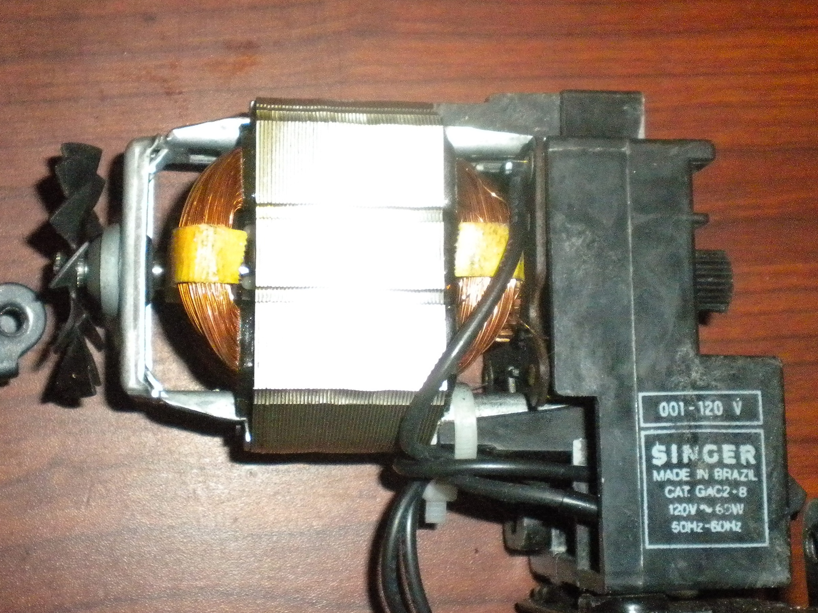 Singer 6215 internal motor 988759 008 and 50 similar items singer 6215 internal motor 988759 008 wswitch light conection plug harness fandeluxe Gallery