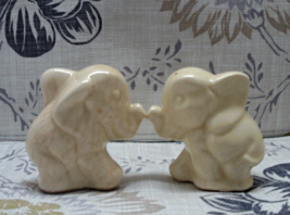 Vintage Cream Colored Elephant Salt & Pepper Shakers Rustic Shabby S&P Shakers  - $8.50