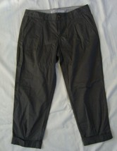 OLD NAVY mid rise dark Olive green cropped cuffed Capris sz 4  EC - $5.99
