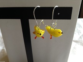 Glass blown dangly yellow bird earrings, 3/4 inches image 2