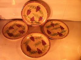 MULBERRY---DINNER PLATES-----SET Of 4----M1D11---GRAPES---SHIPS FREE---EUC - $44.93