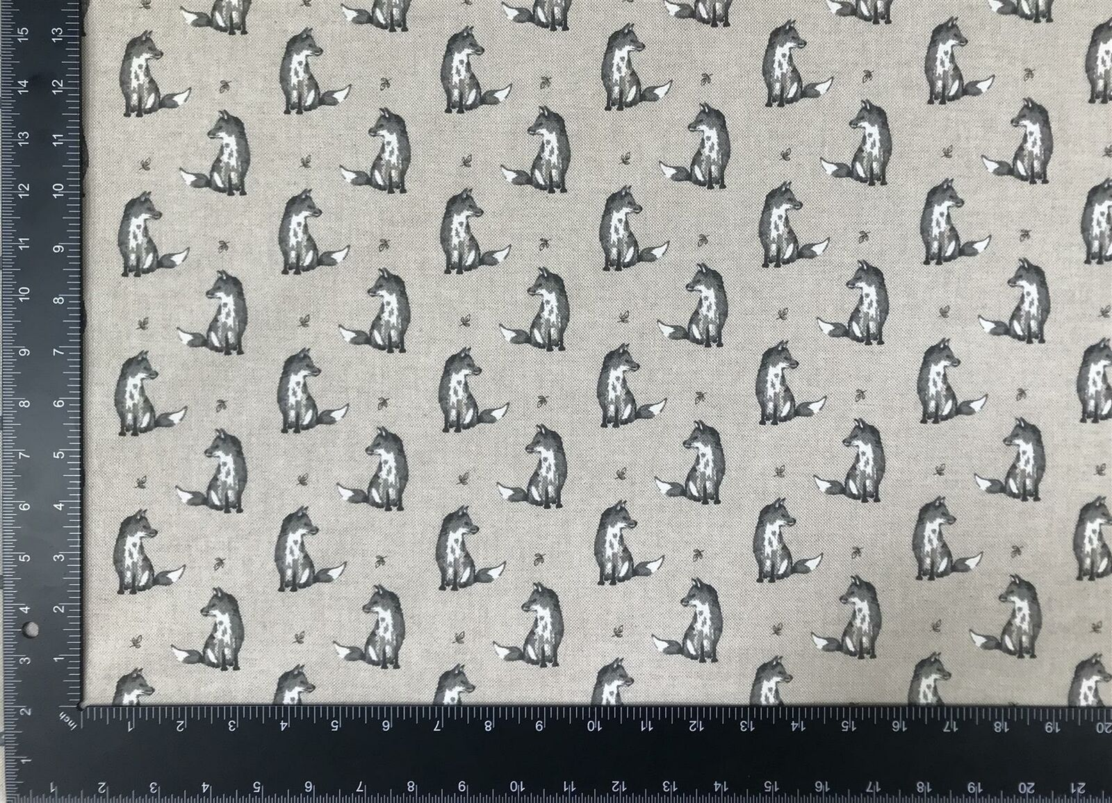 Vintage Fox Grey Linen Look High Quality Fabric Material 3 Sizes