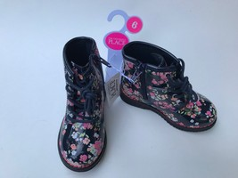 The Children's Place Girl's Navy With Flowers Boots Toddler Size 6 - $367,26 MXN