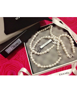 100% Auth Chanel Classic Crystal 3 CC Logo Charm Silver Pearl Necklace PRISTINE - $800.00