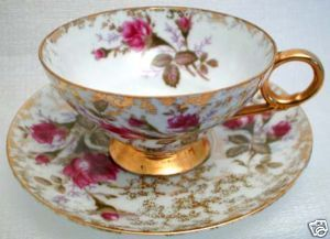 40s MODERN TRADITION ROSE GARDEN FINE CHINA TEACUP SET