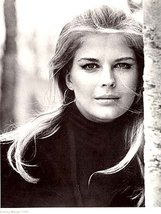 Beautiful Candice Bergen - 1968 Hollywood Glamour Duotone Print - $9.99