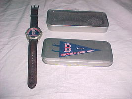 Boston Redsox World champions 2004 Watch With Collectable Tin - $22.99