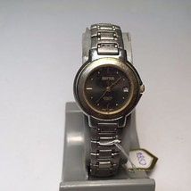 Vintage Benrus Ultrasteel Lady Steel Analog Qua... - $6.79