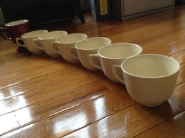 Collection of 18 tea cups and 8 saucers vintage from estate image 2