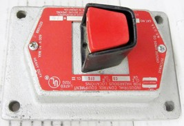 CROUSE HINDS EFSC2184 RED EXPLOSIONPROOF PUSHBUTTON FACEPLATE, MISSING B... - $44.10