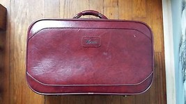 Verdi Burgundy Leather Suitcase - $29.69