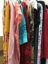 Bulk Lot wholesale Resell 16 pc L XL Womens Clothing mixed brands tops d... - $49.49