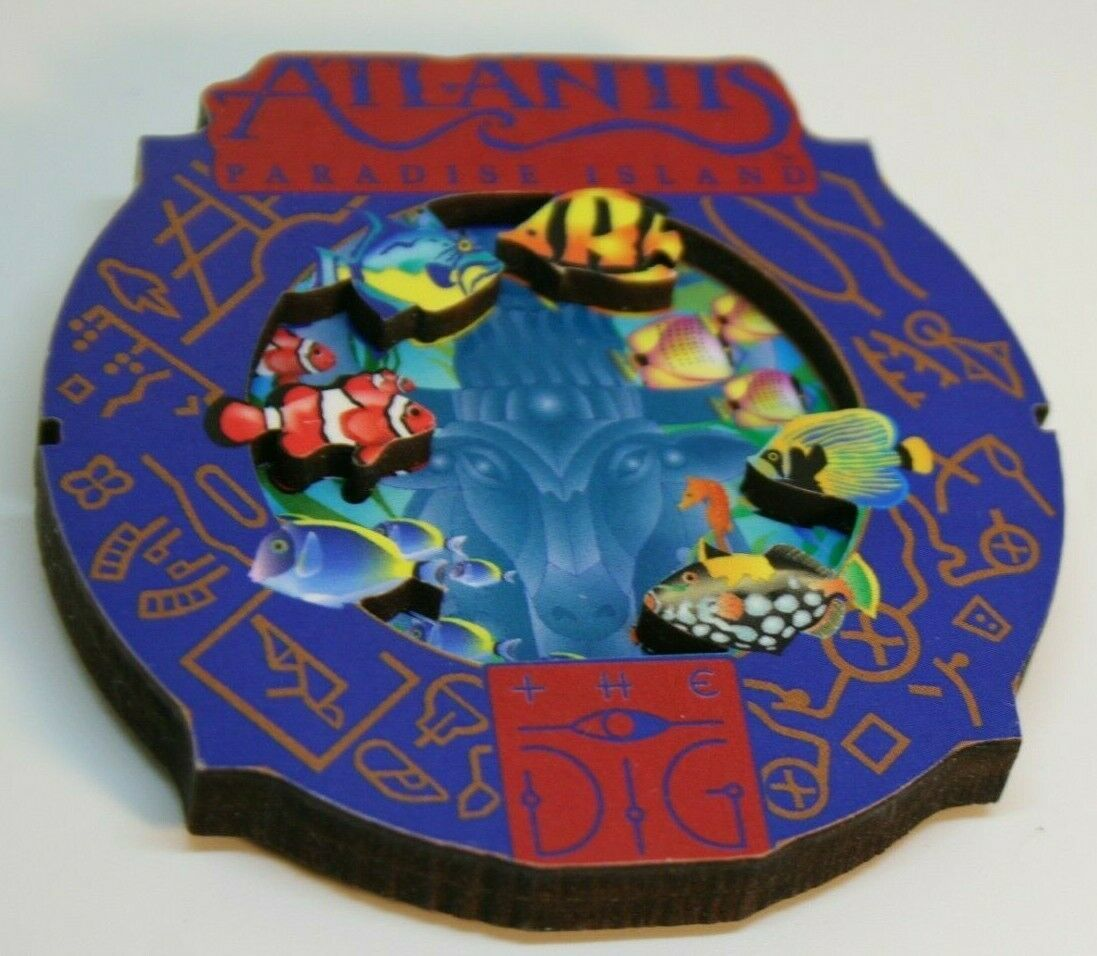 Atlantis Paradise Island Fish Tropical Aquarium Round Collage Magnet the D G
