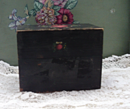 Vintage Rustic Wooden Hand Painted RECIPE BOX // Vintage Kitchenware - $11.00