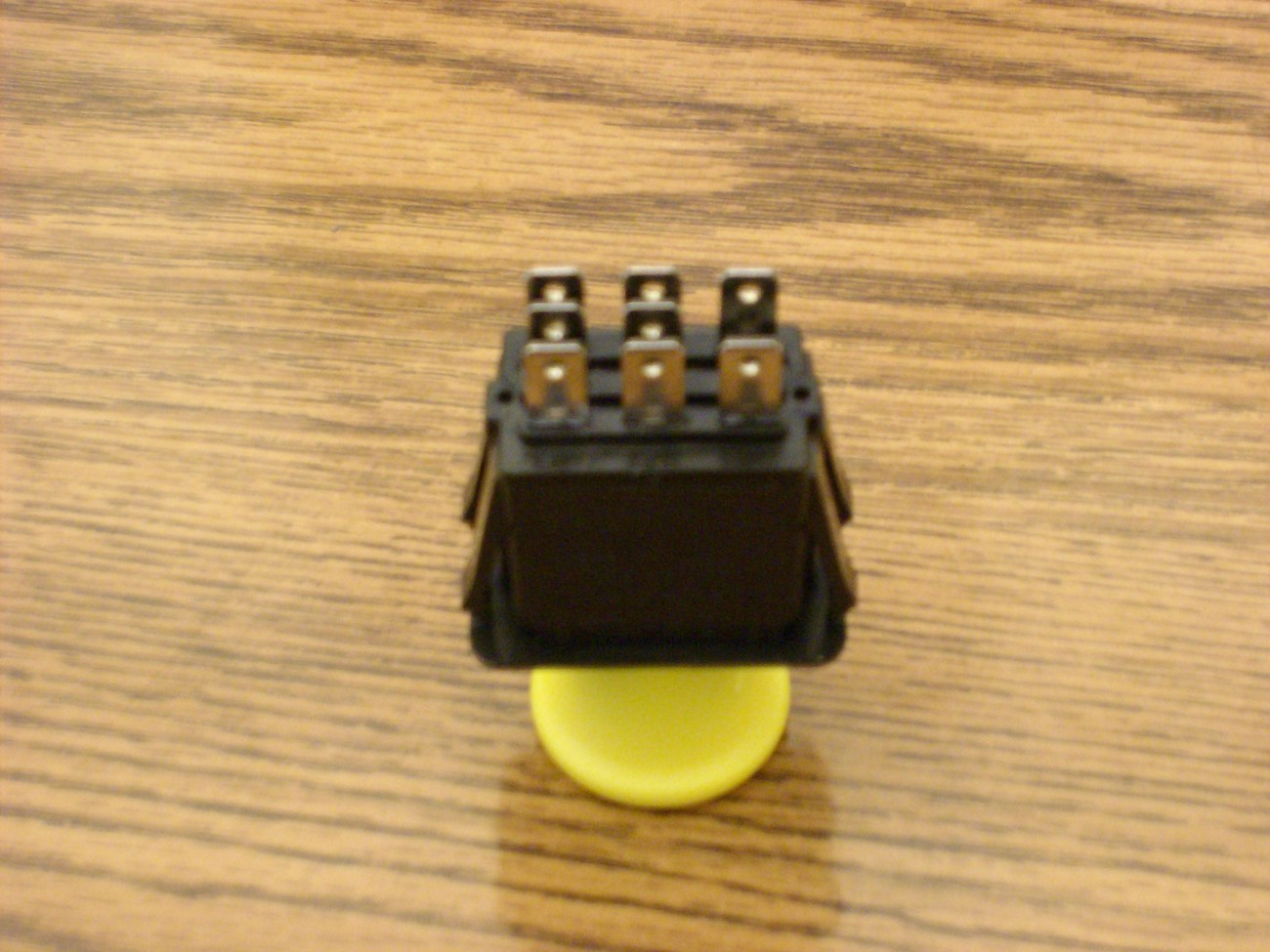 Grasshopper PTO switch 183925 / 430-330