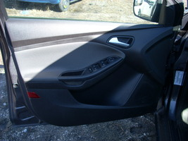 2012 FORD FOCUS LEFT FRONT DOOR TRIM PANEL