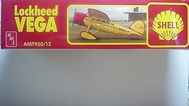 AMT 1/48 SHELL Lockheed VEGA  plastic Model Aircraft Kit 95012 image 2