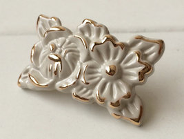 Knobs Dresser Knob Drawer Pull Cabinet Door Cream Rose Flower Gold Shabby Chic - $6.50