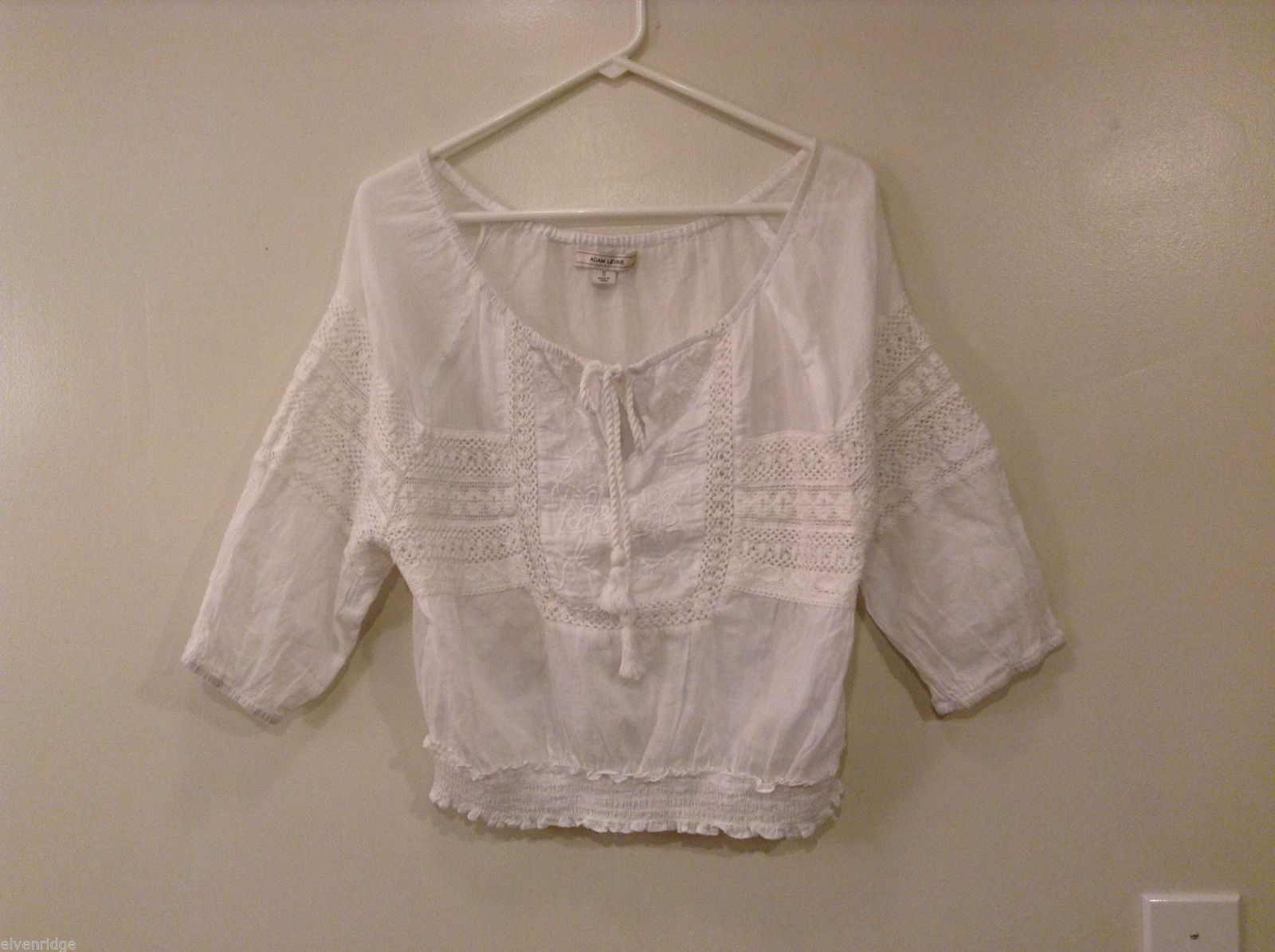 Adam Levine White 100% cotton embroidery blouse boat neck 3/4 sleeve Size small.