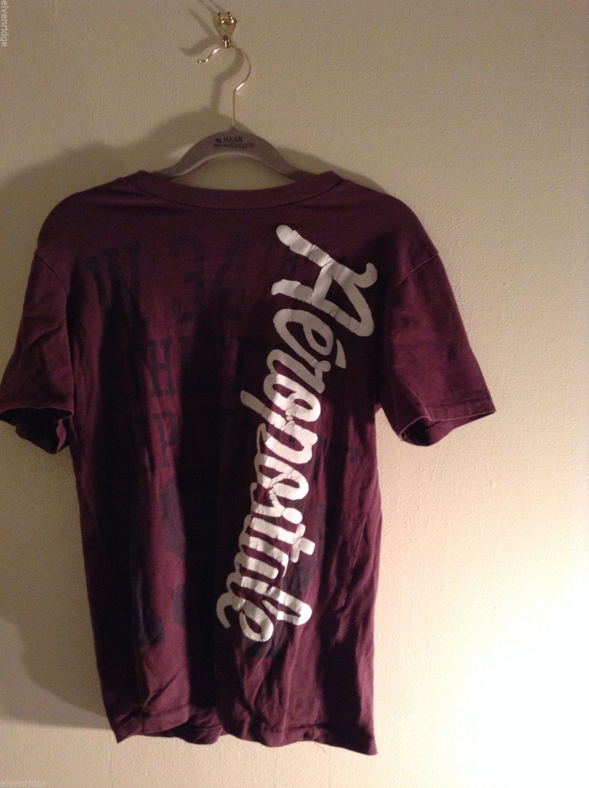 Aeropostale Women's Size XS T-Shirt Burgundy Maroon Short-Sleeve Graphic Tee