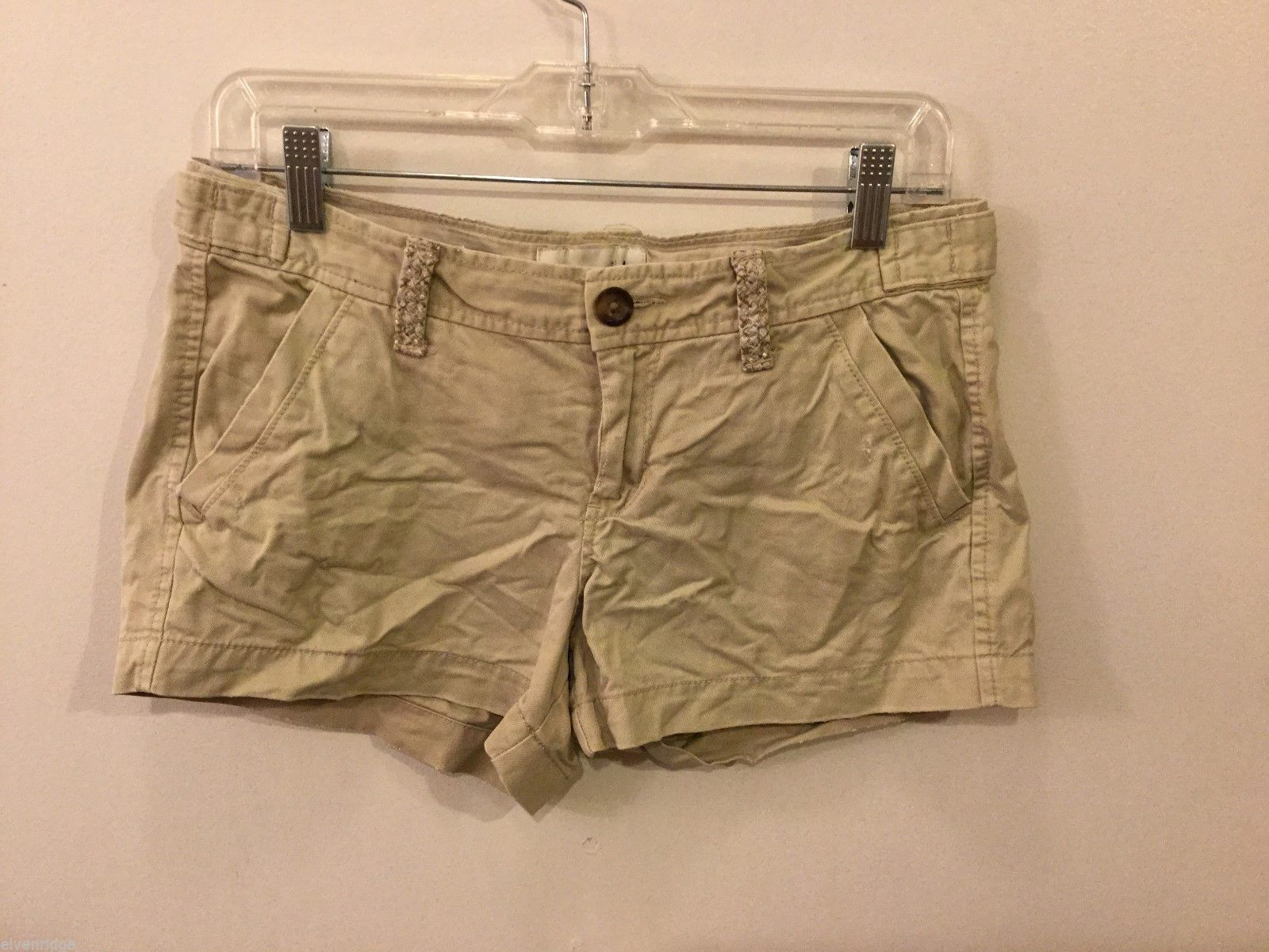 Old Navy Womens Tan Shorts, Size 4