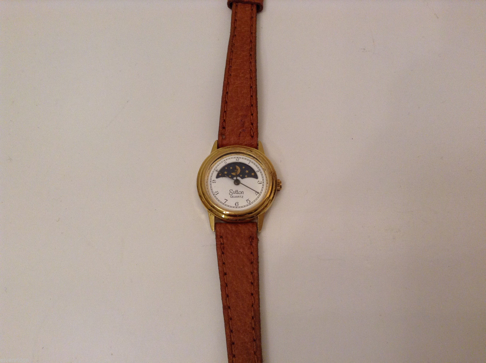 Womens Sutton Quartz Wrist Watch Gold-tone Leather brown band