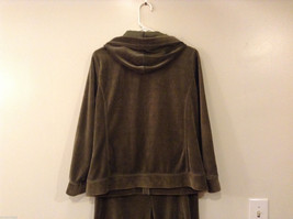 Womes Jones New York Signature Olive Green Spot Hoodie and Pants Set Size M/L image 3