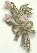 1928  Faux Pearl, Pink Porcelain Rose & Gold Tone Pin Brooch - $18.99