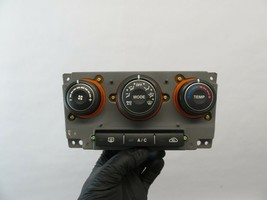 #3620E Kia Rondo 07 08 09 Oem Dash Temp Ac Heat Air Climate Control Switch - $35.00