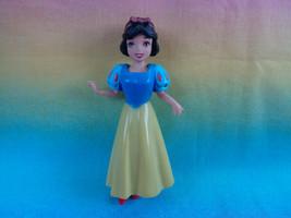 Disney 2009 Princess Snow White Polly Pocket Doll - $2.23