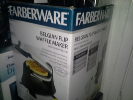 FARBERWARE Non-stick Flip Waffle Maker, Black & Stainless - €34,82 EUR