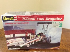 REVELL 7425 GARY ORMSBY'S FUEL DRAGSTER NHRA CASTROL 1/25 Model Car Fact... - $27.95