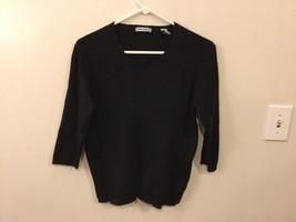 Womens Marsh Landing V-Neck Black Sweater, Size Medium