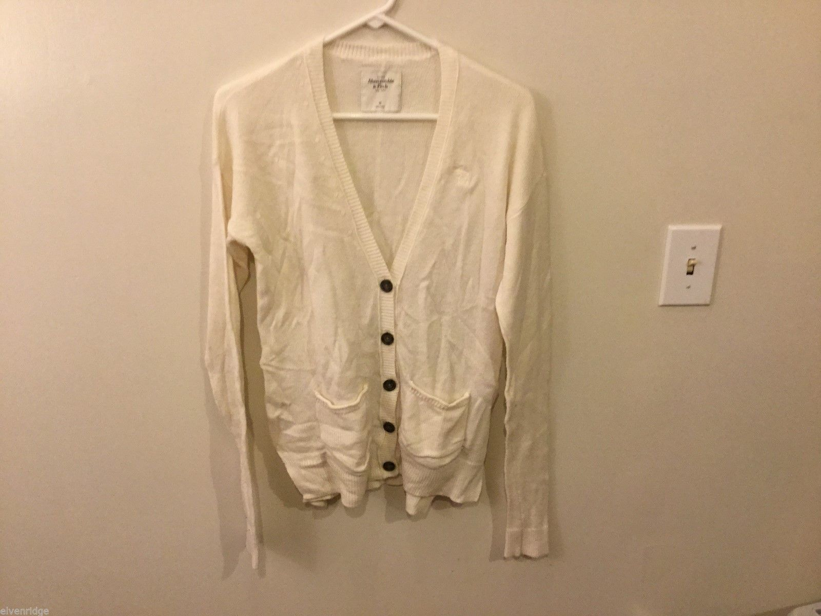 Womens Abercrombie & Fitch White Cardigan, Size Medium