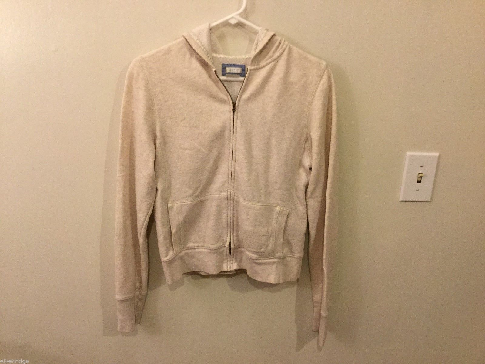 Womens Aerie Cream colored Zip-up Sweatshirt, Size Large