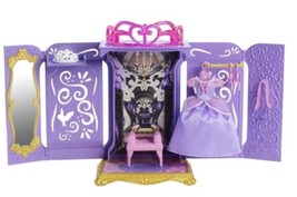 DISNEY SOFIA THE FIRST PORTABLE PRINCESS CLOSET NEW - Great Gift Item - $19.94