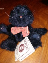 """BOYDS THE HEAD BEAN COLLECTION """" SOOTY"""" H.B.'S HEIRLOOM SERIES WITH TAG - $10.68"""