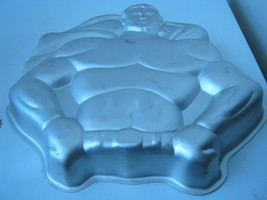 Wilton DC Comics Super Heroes Batman / Superman Cake Pan (502-1212) - $18.60