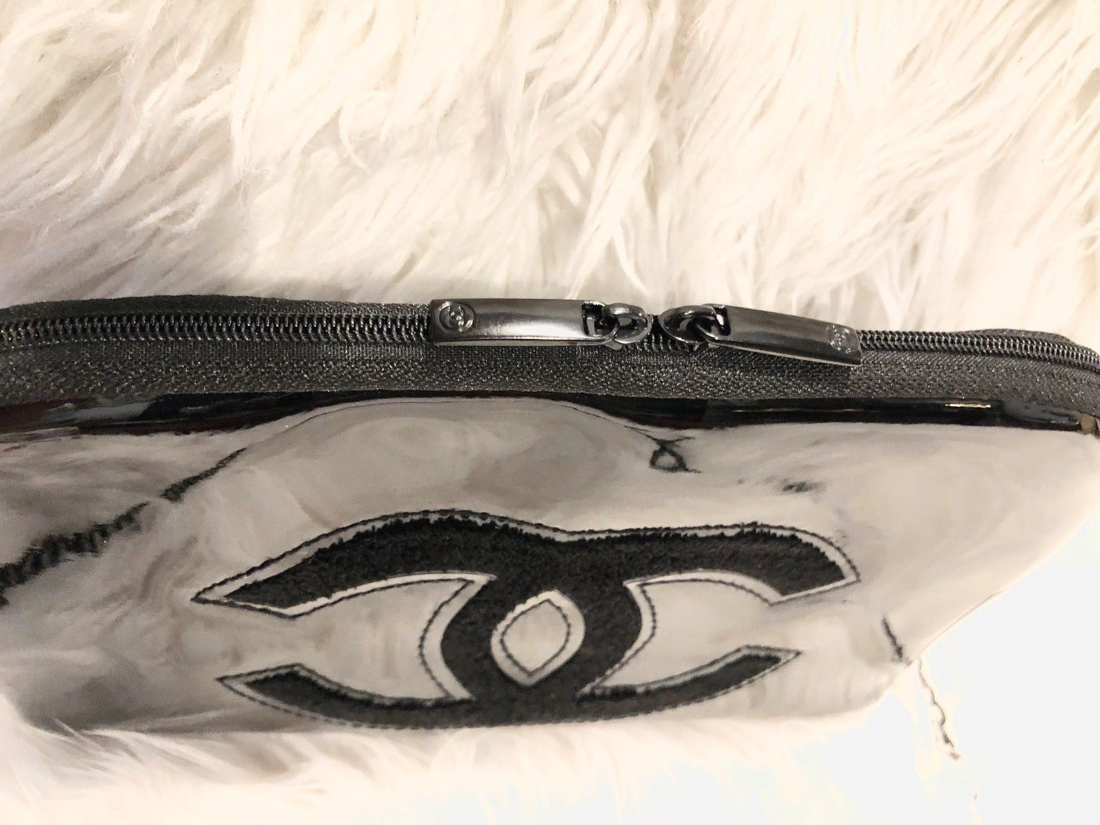 43c1d305d0d54c Chanel Make up Bag w/ a Crossbody Metal Chain Black Patent VIP Gift