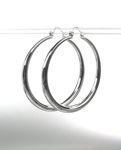 "CLASSIC Graduated SILVER Metal 1 1/8"" Round Hoop Pincatch Earrings - £9.87 GBP"