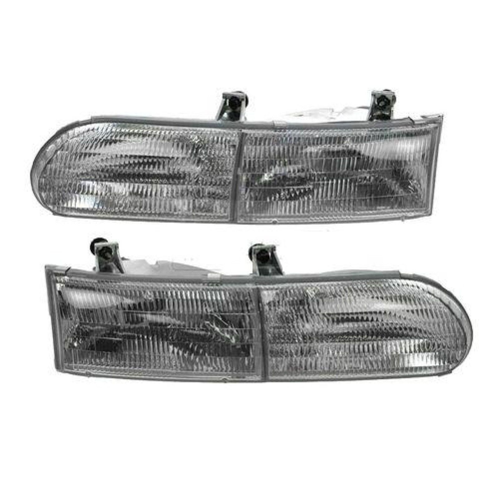 Replacement Front Headlight with Bulb Gulf Stream Sun Voyager 1999-2004 RV Motorhome Right Passenger