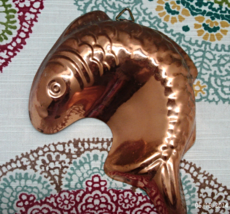 Vintage Aluminum Copper Finish Fish Jello Mold Wall Hanging - Retro Kitchen  - $7.50