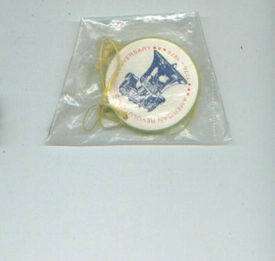 vintage toys SKILL GAMES/shoesl/WIENER WHISTLE/bicentennial badge/SAFARI SET +