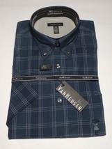 Van Heusen Men's Short Sleeves Shirt Size S/P 14 141/2 - $17.99