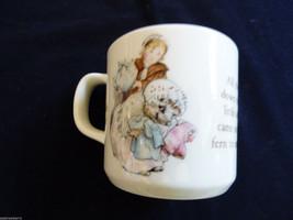 Wedgwood England porcelain Beatrix Potter story MRS TIGGY WINKLE cup mug - $29.70
