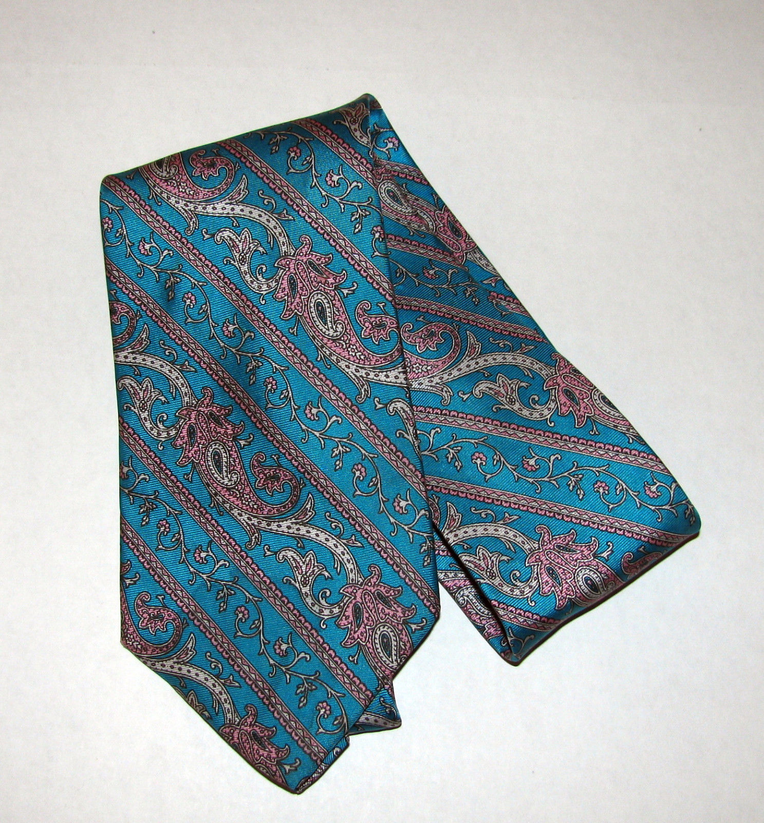 Vintage Tom James Turquoise Blue Green Paisley Silk Necktie Made in USA
