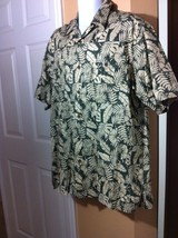 Woolrich Mens Size Large L Green Floral Print Hawaiian Button Up Camp Shirt - $14.86