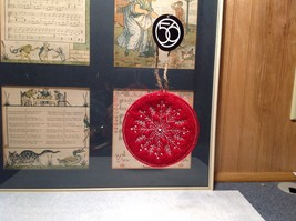 Round Felt Red Stitched Snowflake Christmas Tree Ornament