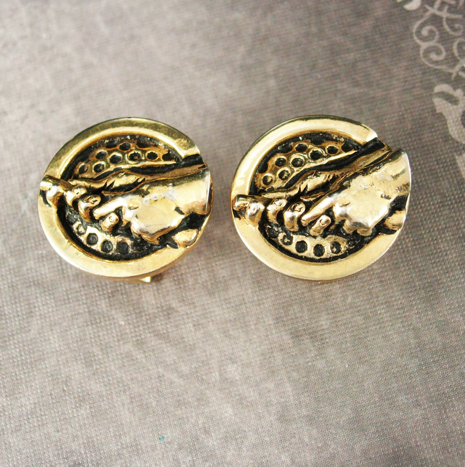 vintage golf cufflinks gold with club retirement