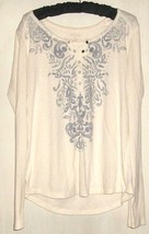 Women's Ivory Printed Top Size L - $9.00